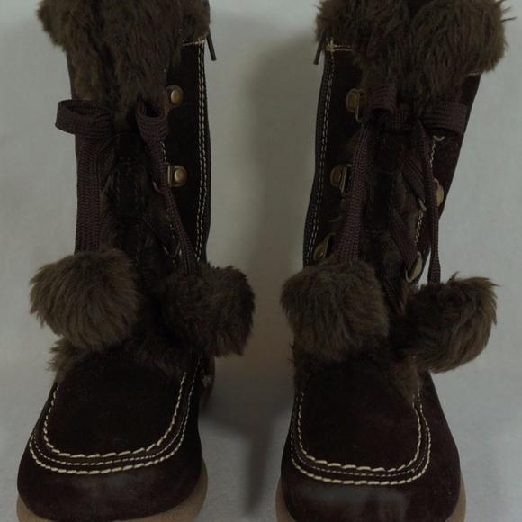 47fe4389dfd3 Rachel Boots Girls Size 9 Brown Faux Suede Pom Pom.  M 5b5bb95c34a4efd93c73e8f6